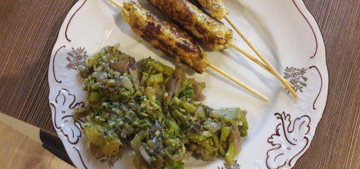 Wysokobiałkowa Kofta z grillowanymi warzywami.