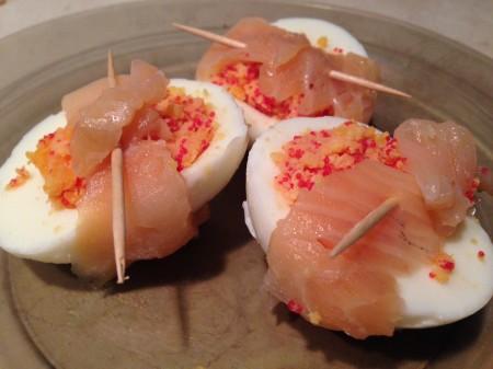 Jajka z rybną niespodzianką